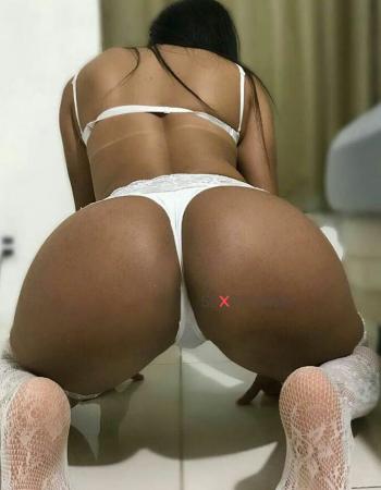 Luna Castro